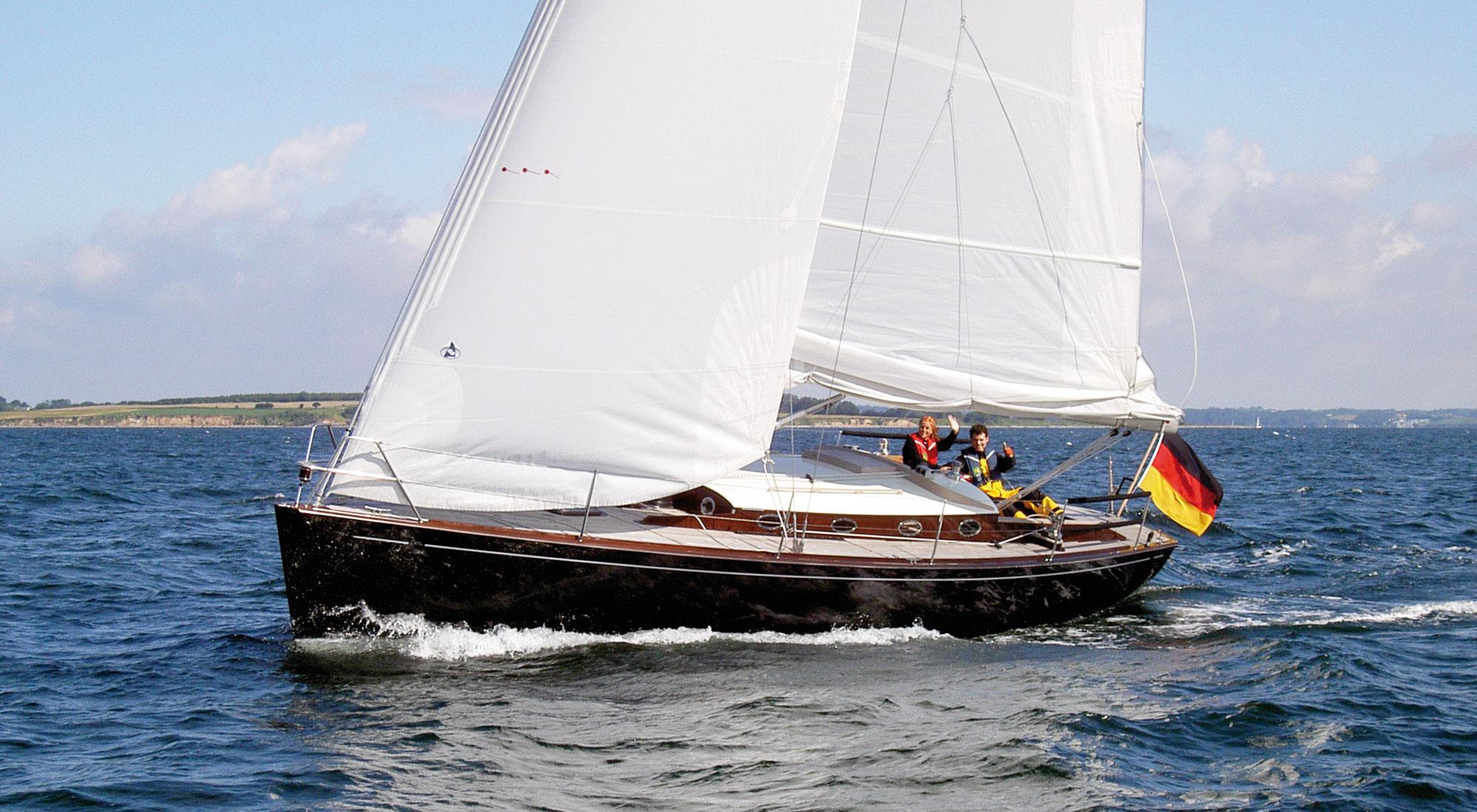 Performance-Cruiser im klassischen Stil: SY Loony